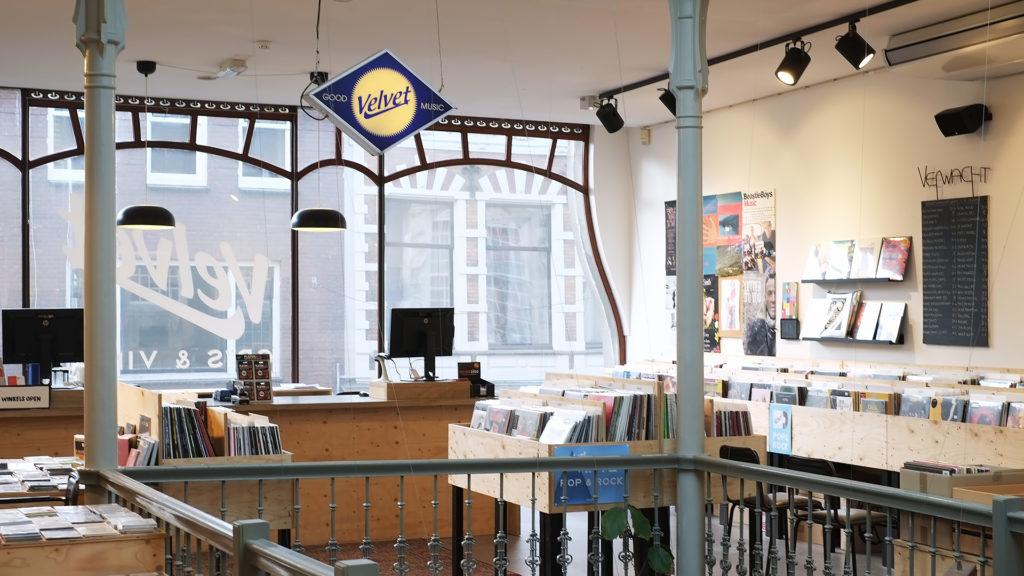 Winkels geopend op afspraak | Velvet Music Dordrecht | FotoFilmFabriek | Make Room